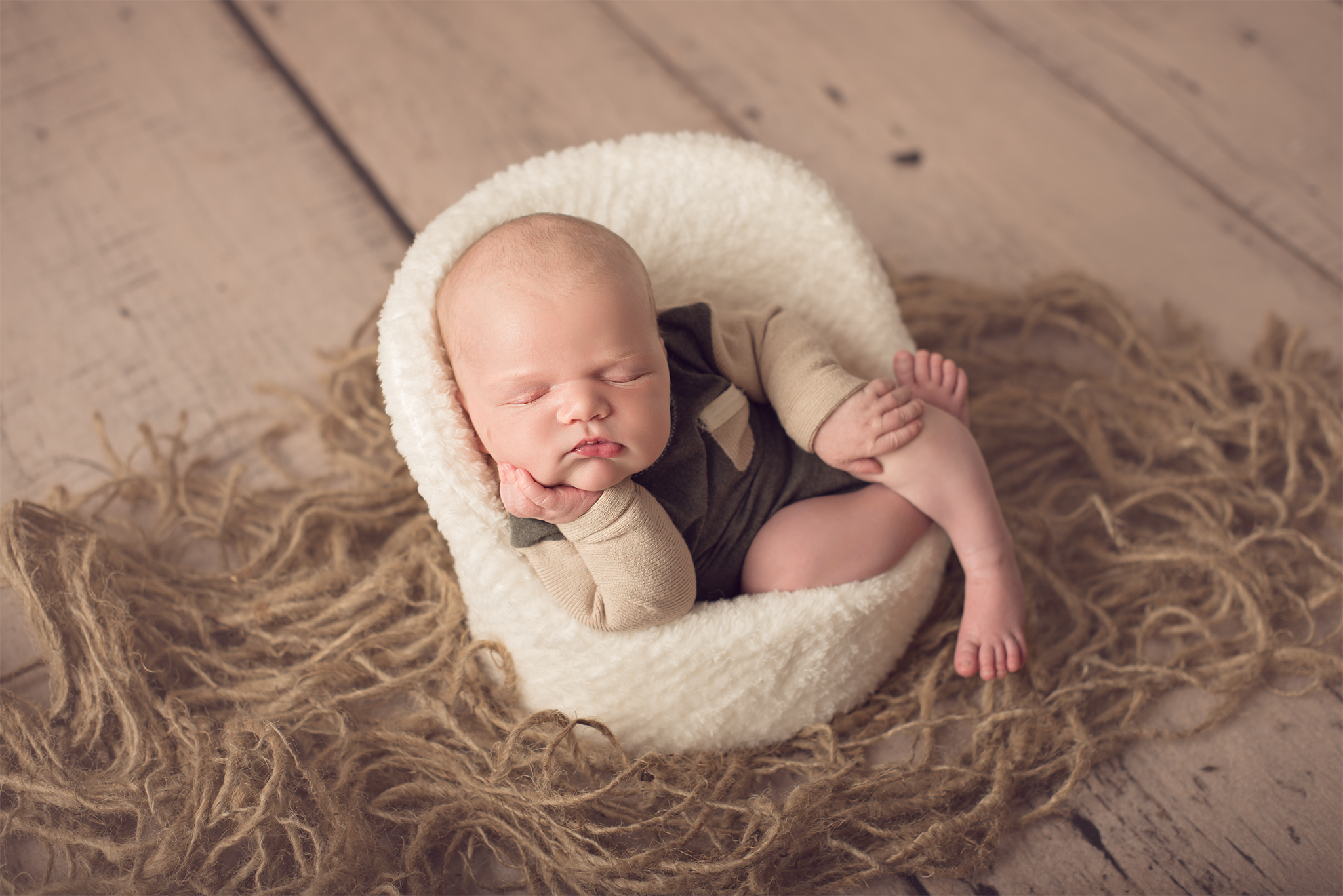 Rhode island newborn photographer kimberly tetrault photography llc